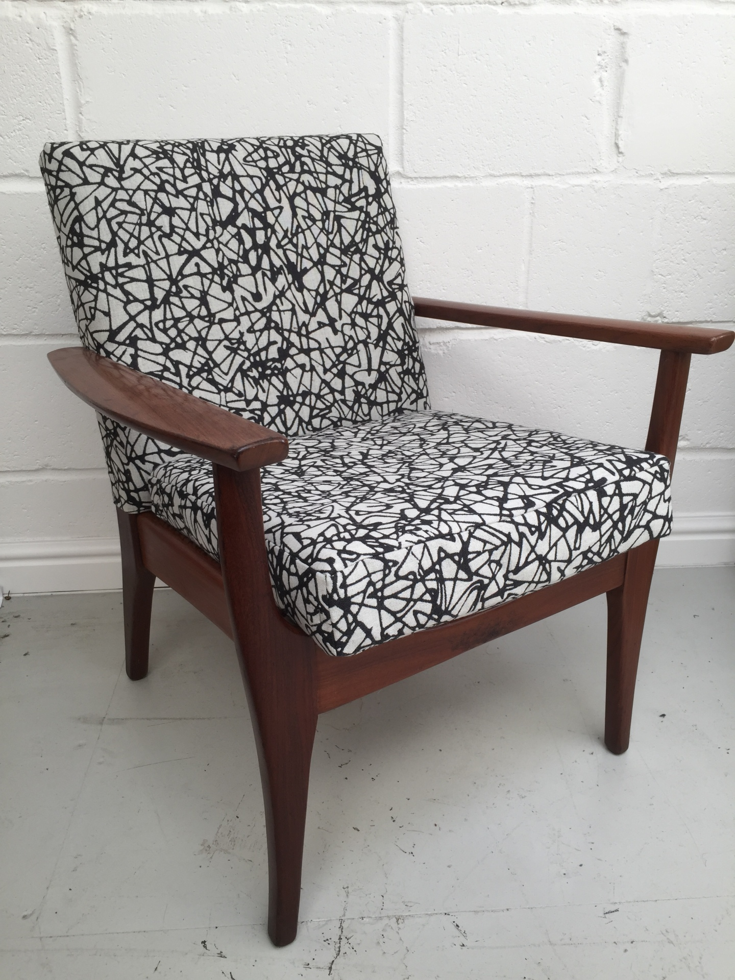 Mid century lounge chair in Svensson Nest wool